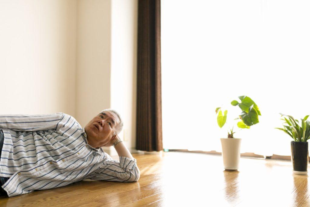 【個人年金保険】5年ごと利差配当付き個人年金保険と無配当保険